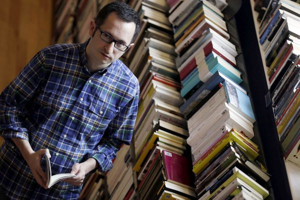 Mañana Se Presenta El Micropoemario 'diVERSOS' En La Biblioteca Pública Chantrea, Dentro Del Segundo Ciclo De Actividades En Torno A La Poesía