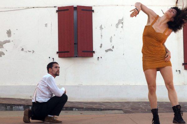 Doble Cita Con La Danza Y El Teatro Al Aire Libre Este Miércoles En La Ciudadela / Hitzordu Bikoitza Dantzarekin Eta Antzerkiarekin, Asteazkenean, Ziudadelan
