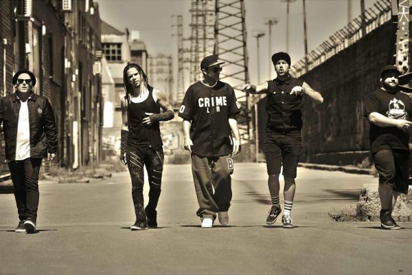 Una Sola Oportunidad, Single Y Videoclip Del Nuevo CD De Bourbon Kings