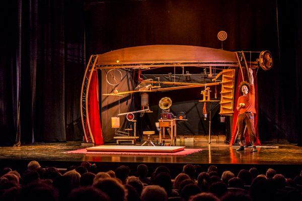 Nuevo Espectáculo De Circo-teatro En Auditorio Barañain