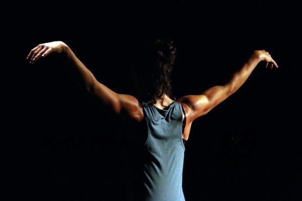 Continua Mañana El Ciclo Municipal De Danza Contemporánea Con El Espectáculo 'Drei' De Paloma.pieldEarenA