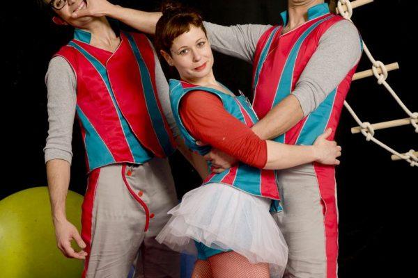 Un Teatro De Circo Y Otro De Títeres Para Divertir A Los Más Pequeños En El Cambio De Año En La Red Civivox